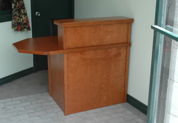 Reception+Desk+for+Small+Spaces Reception Desk for Small Spaces http